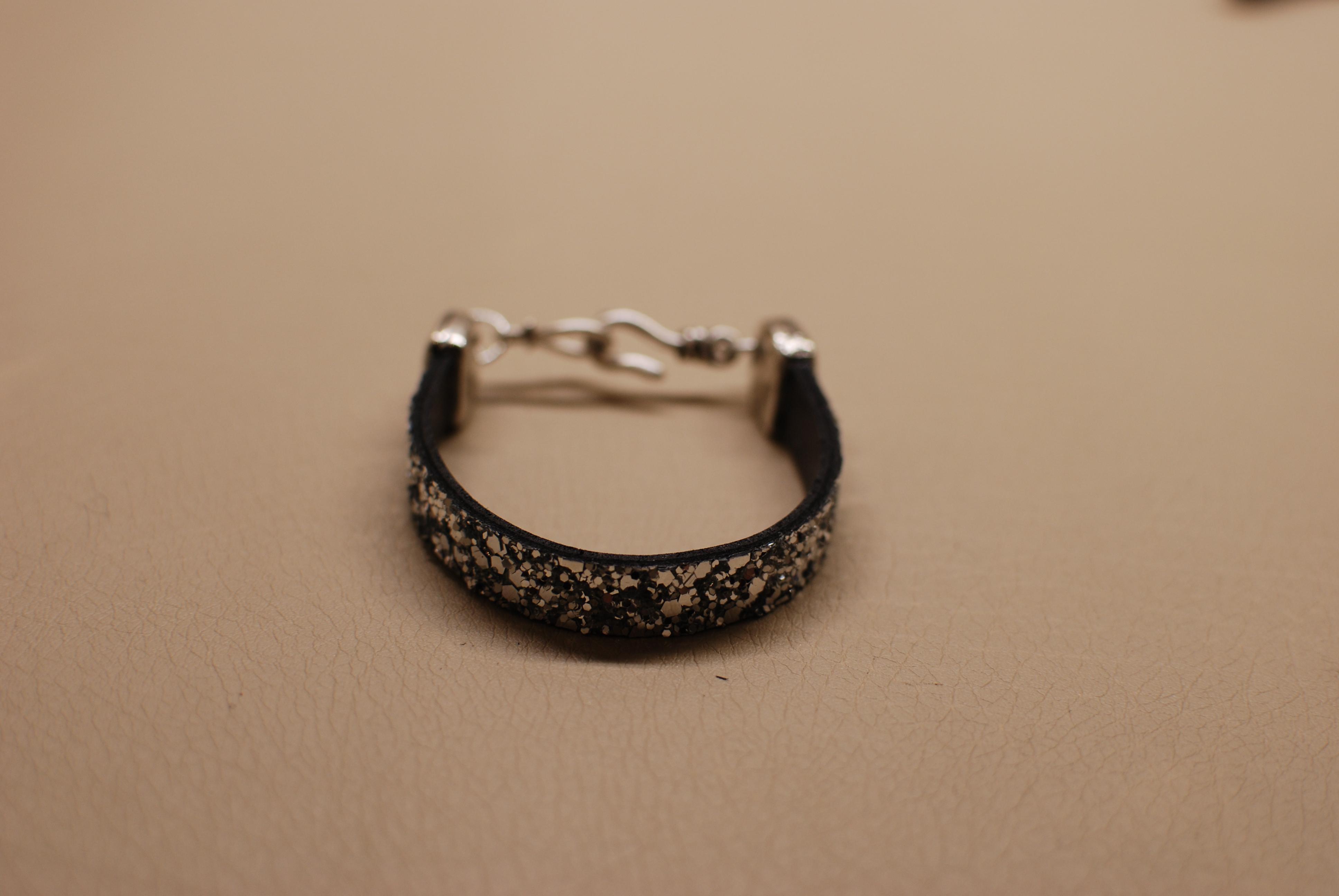 decembre2015-bracelet-laniere