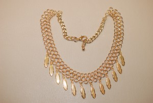 tpmois0516-collier-maille-double-breloque