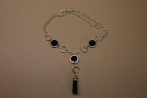 tpmois0616-collier-argent-noir-pompon